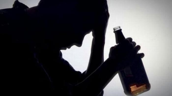 Terikat Kuasa Kemiskinan (7) : Pelahap dan Peminum
