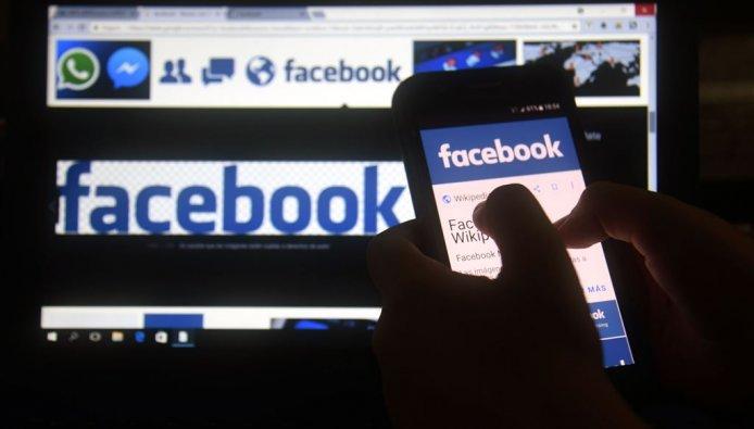 Omstreden databedrijf Cambridge Analytica stopt na Facebookschandaal