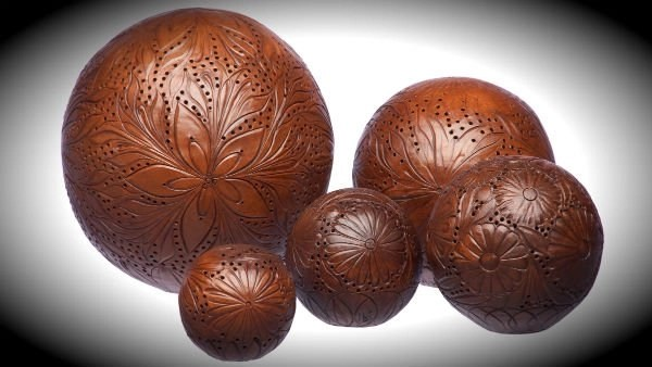 SCENTED TERRACOTTA AMBER BALLS