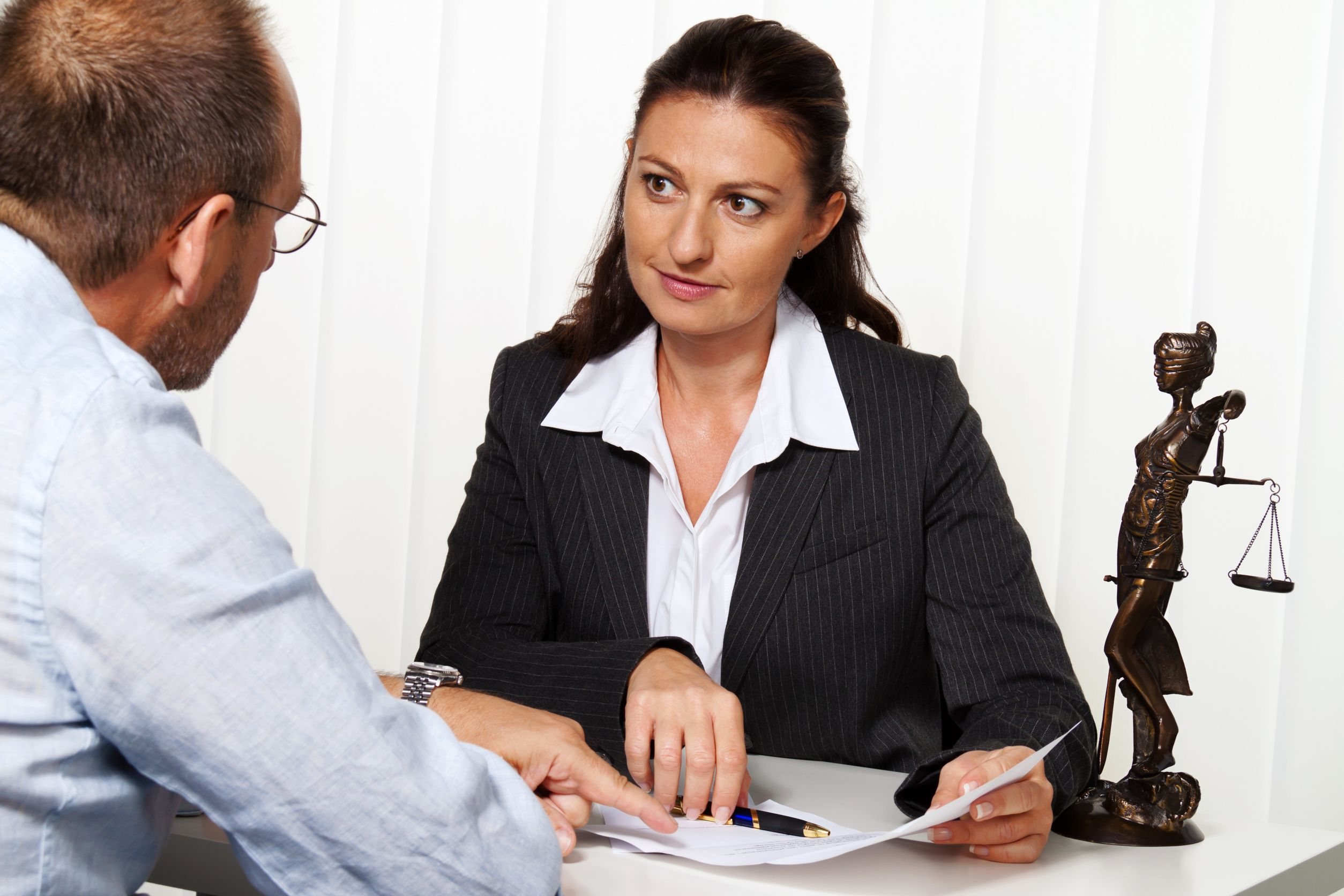 Finding A Lawyers With Easy Tips 24 Law Firmla