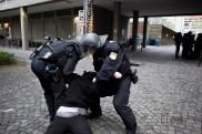 police arrests demonstrant anti PEGIDA/BAGIDA demonstrants