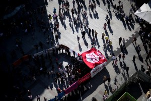 "free paul blog 7 - View on top of the demonstration demanding ""Free PAul"""