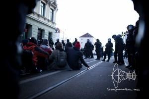 le1212 blog 5 - Clashes erupt in Leipzig.