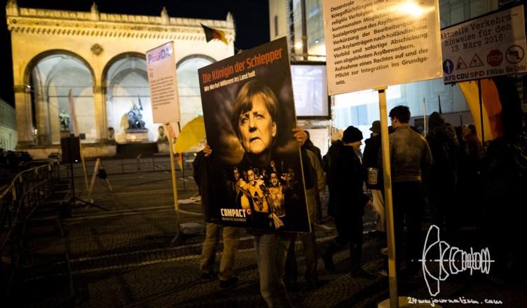 pegida 20160307 2 - PEGIDA Munich marches & deposits wreath