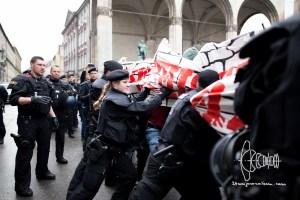 afd odeonplatz 20160416 34 - AfD Munich holds rally on Odeonsplatz