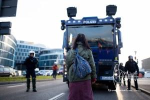 stuttgart afd parteitag 160430 10 - Protests against meeting of AfD in Stuttgart