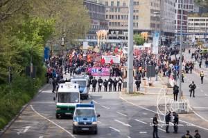 stuttgart afd parteitag 160430 34 - Protests against meeting of AfD in Stuttgart