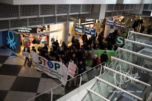 deportation munich airport 20170222 12 - Germany deports to Afghanistan from Munich airport - activists rally at Munich airpor