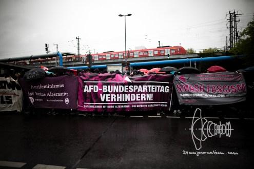 Roadblock at Station Deutz.