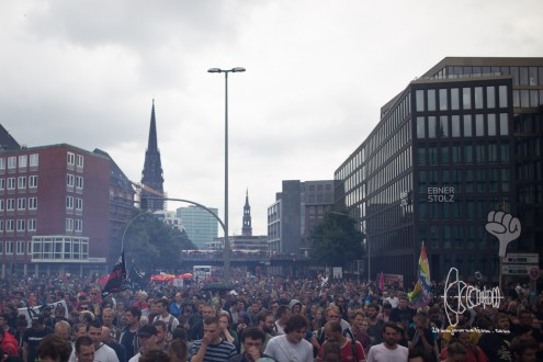 More then 75.000 demonstrate against G20