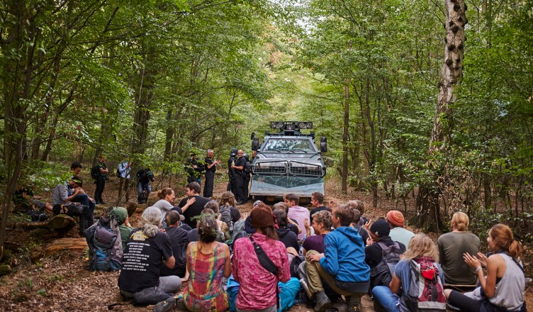 ablage37 - [Picture Gallery] Ongoing Resistance to Eviction of Hambach Forest Occupation