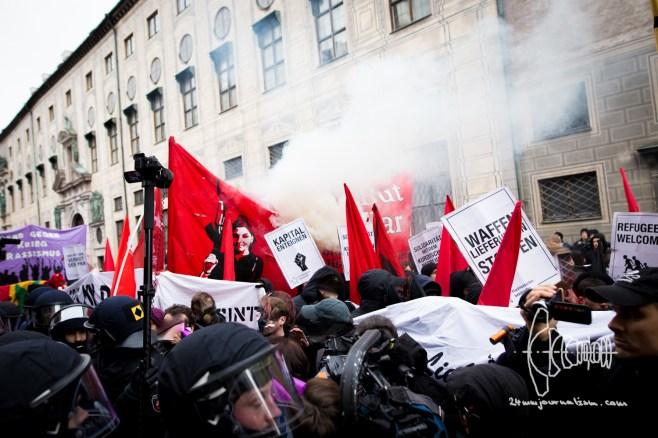 Smoke over the demonstration.