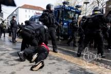 Police arrests neo-nazi wearing III. Weg shirt after clashes.