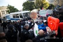 Police uses pepperspray against demonstrators.