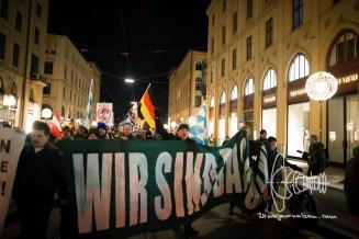 Neonazis march up front at PEGIDA Munich.