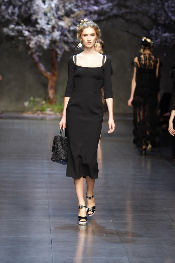 Dolce and Gabbana evening gowns looks  B2B Fashion