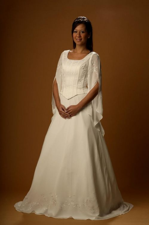 celtic wedding dress plus size looks  B2B Fashion