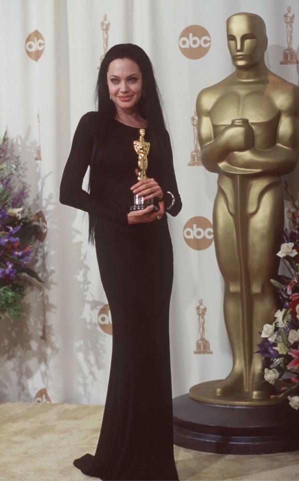 Angelina Jolie Oscar Dresses 20172018  B2B Fashion