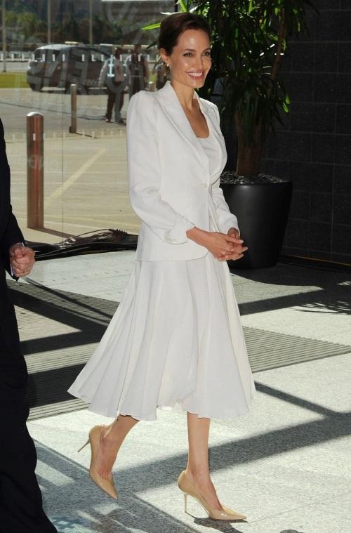 Angelina Jolie dresses white 20172018  B2B Fashion