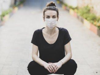 kvinde mundbind pige maske corona