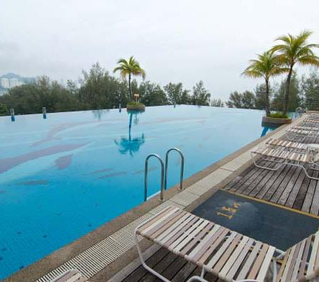 The Gurney Resort Hotel & Residences - Outdoor Pool