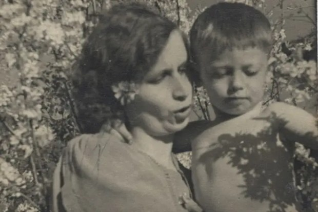 Александр Демьяненко с мамой Галиной