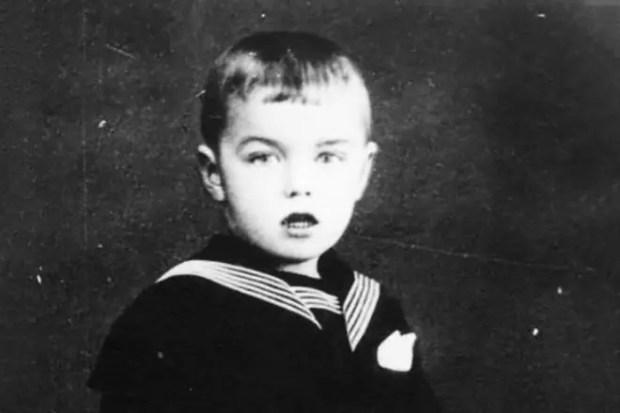 Раймонд Паулс в детстве