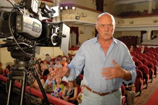 Станислав Говорухин на съемках фильма «Артистка»