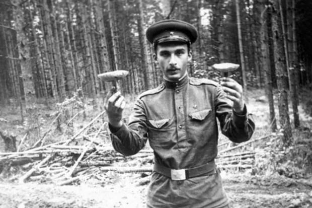 Александр Друзь в молодости