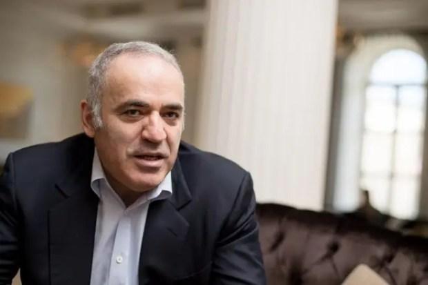 Гарри Каспаров ушел в политику