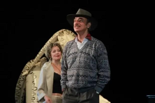Михаил Боярский на сцене театра