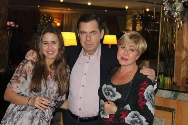 Любовь Успенская с мужем Александром и дочерью Татьяной