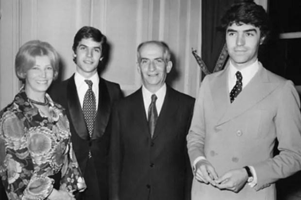 Луи де Фюнес с семьей