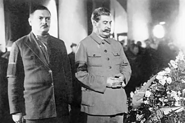 Иосиф Сталин и Андрей Жданов