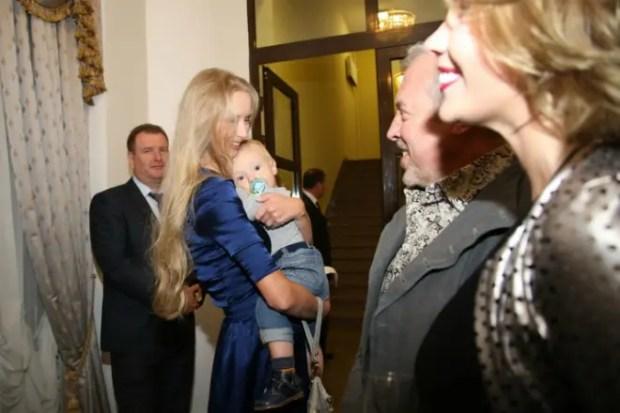 Жена Александра Градского Марина с сыном Сашей