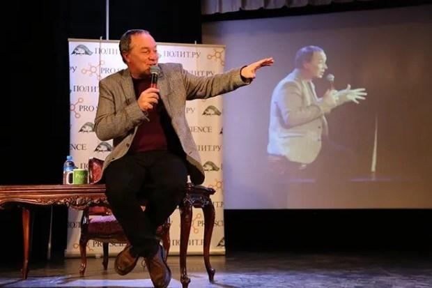 Сергей Урсуляк на сцене