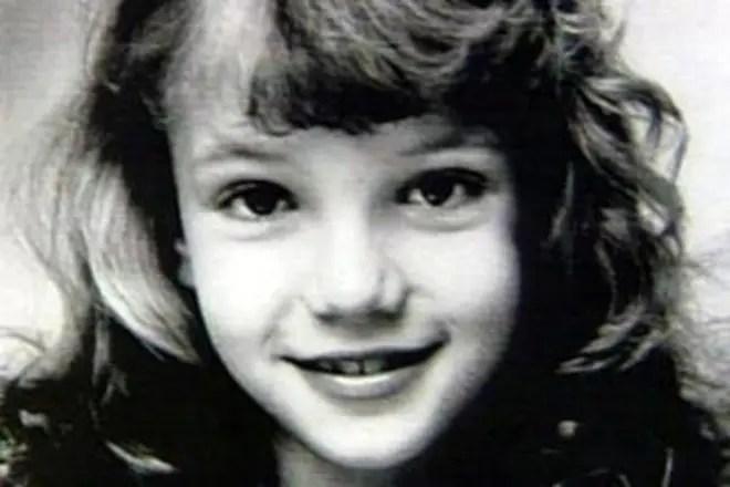Britney oštěpuje youtubeonline datování 50 let
