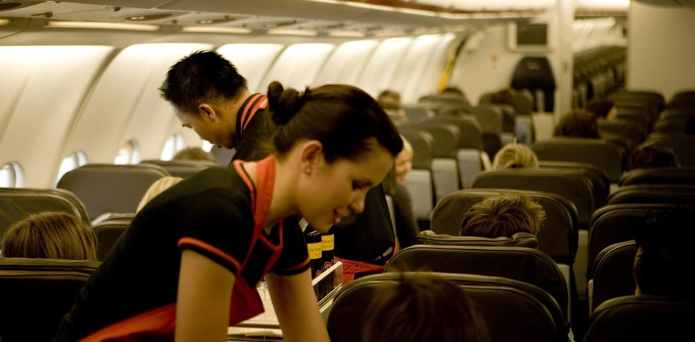 Why is it Important to Turn Electronics Off On Airplanes
