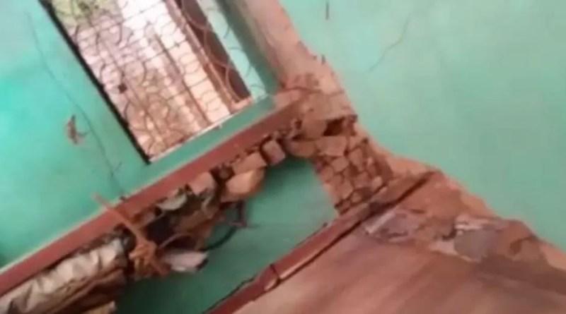 হঠাৎ করে কাকভোরে ভূমিকম্পে কেঁপে উঠলো কেতুগ্রাম