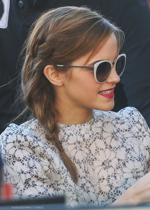 Emma Watson Famous Smile Celebrity Celeb Braid Sunglasses