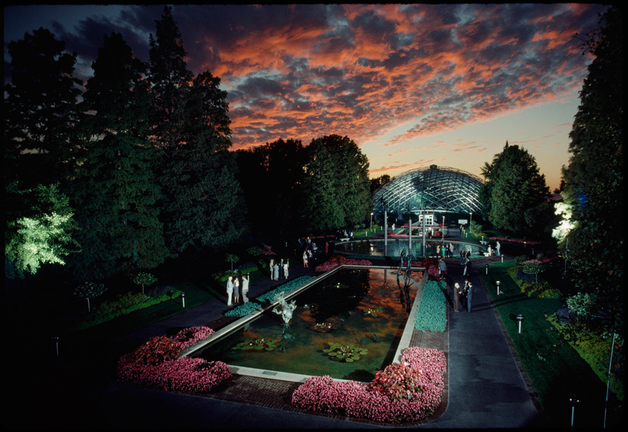 A reception is held at the Missouri Botanical Gardens in St. Louis in August 1990.Photograph by James P. Blair, National Geographic