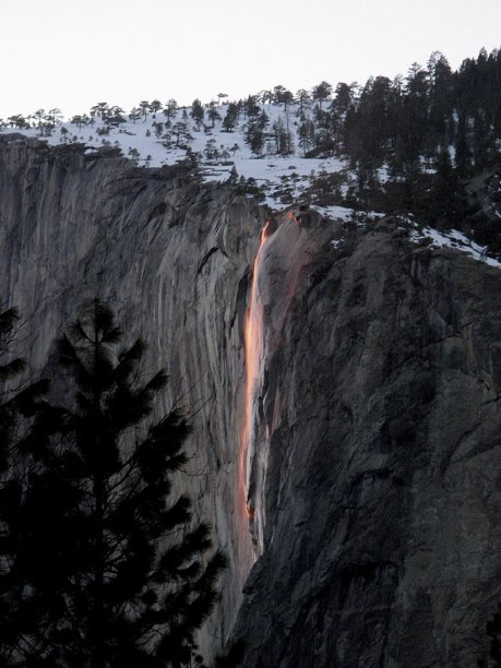 Bethany Gediman photo of Horsetail Falls, Yosemite NP, glowing orange