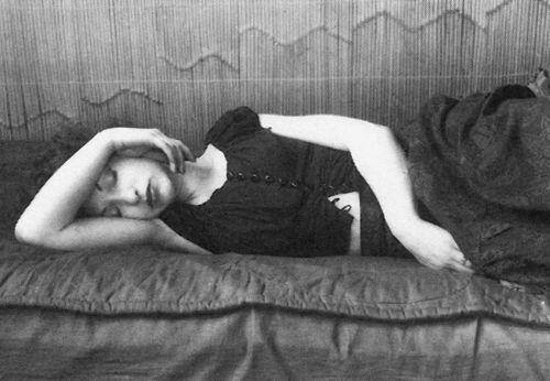 A sleeping Beauty (Maya Deren)