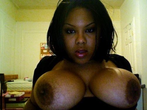 Black girls on Tumblr Struttin their stuff