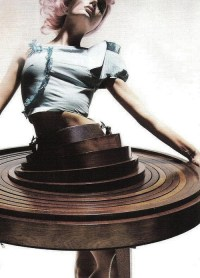 Fashion Passes: HUSSEIN CHALAYAN A/W 2000