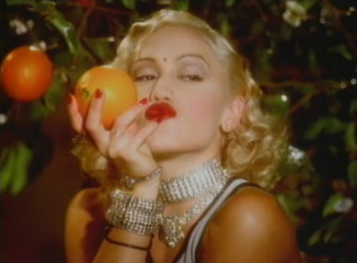 "a screencap of no doubt lead singer gwen stefani with finger waved hair in the ""don't speak"" music video."