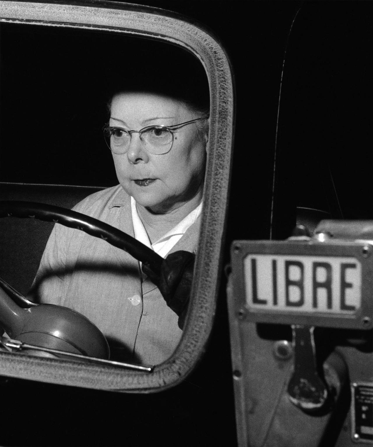 lauramcphee:Lady Taxi driver, Paris, 1954 (Nico Jesse)