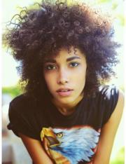 model natural hair india christin