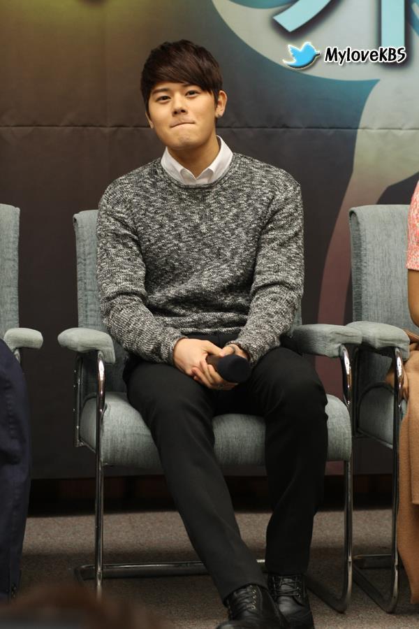 ZE:A 的桐俊出席KBS「매너손 포착」記者發布會照片2/19 @ ★Let's Fly' B1A4★ :: 痞客邦