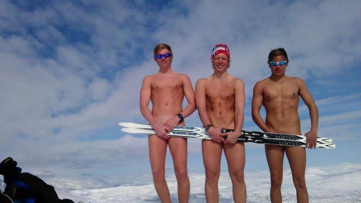 nude scandinavian hunks
